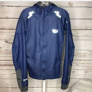 Mountain Hardware wind stopper jacket small